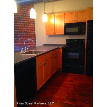 1200 Acqua Apartments Petersburg - Hunt.com